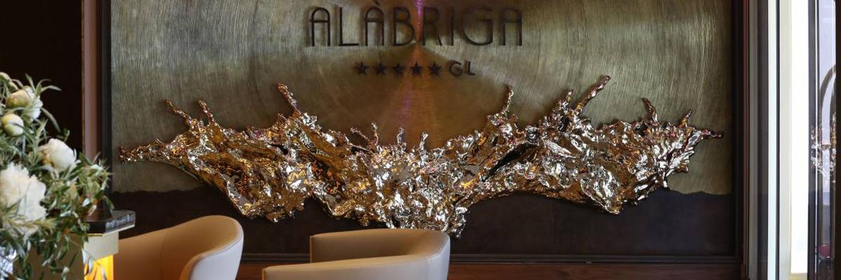 Imagen de portada, logotipo del Hotel Alábriga
